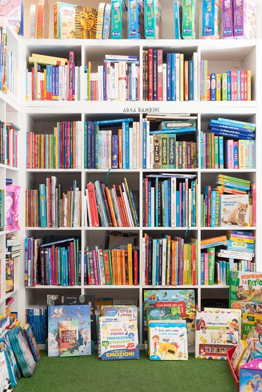 area bambini libreria cocco via tuveri cagliari