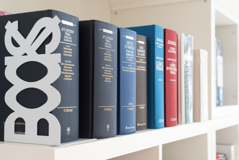 libri cocco cagliari via tuveri